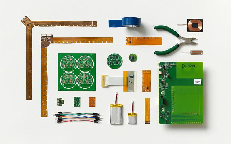 embedding-electronics-1